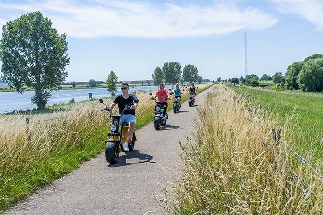 teamdag langs het Uitgeestermeer